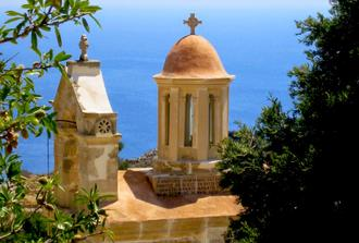Christian Paths of Crete with Wine Tasting - at the Era of Apostle Paul - Minibus 9-seats VIP Class
