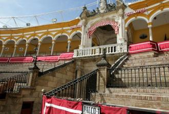 Triana and Bullfight Ring Private Tour